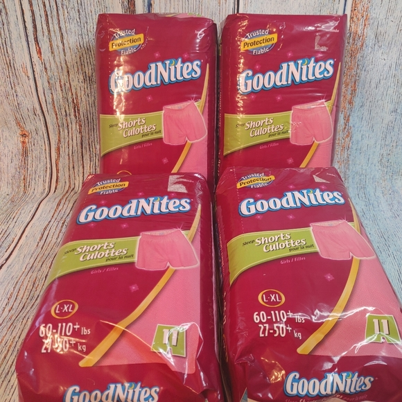 4 Pks GoodNites Size L-XL Girls Shorts